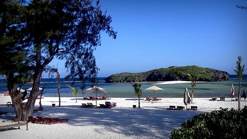 Papa Remo Beach Watamu