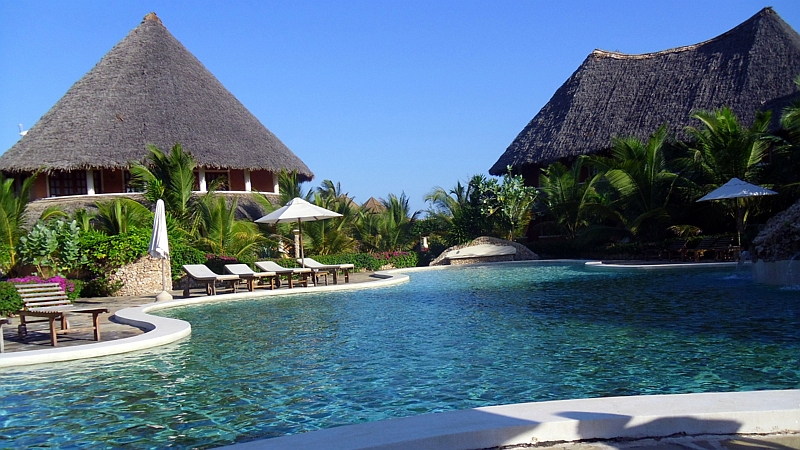 Tembo Court Ocean Beach Resort Malindi