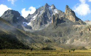 Monte Kenya dalla valle Teleki sul lato sud-ovest
