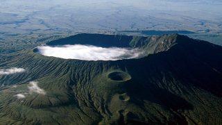Monte Longonot Kenya. Stratovulcano a scudo