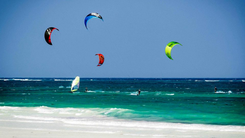 Kitesurfing in Kenya